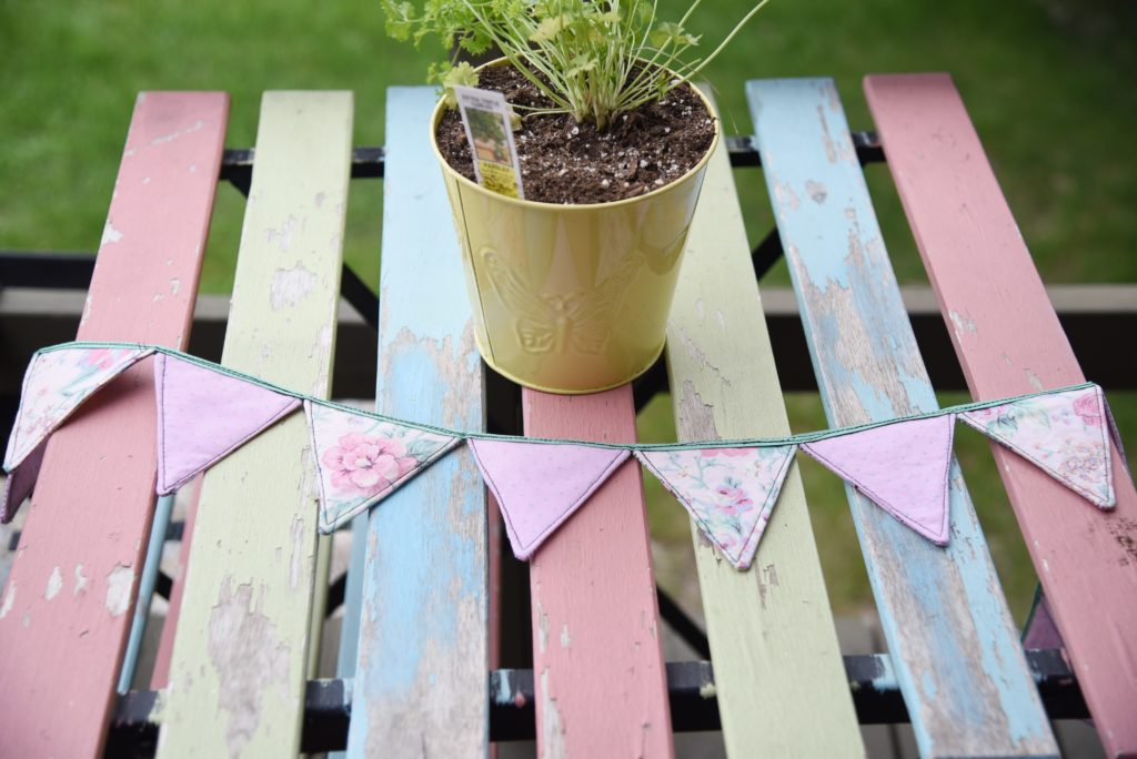 how to make vintage fabric garland 8